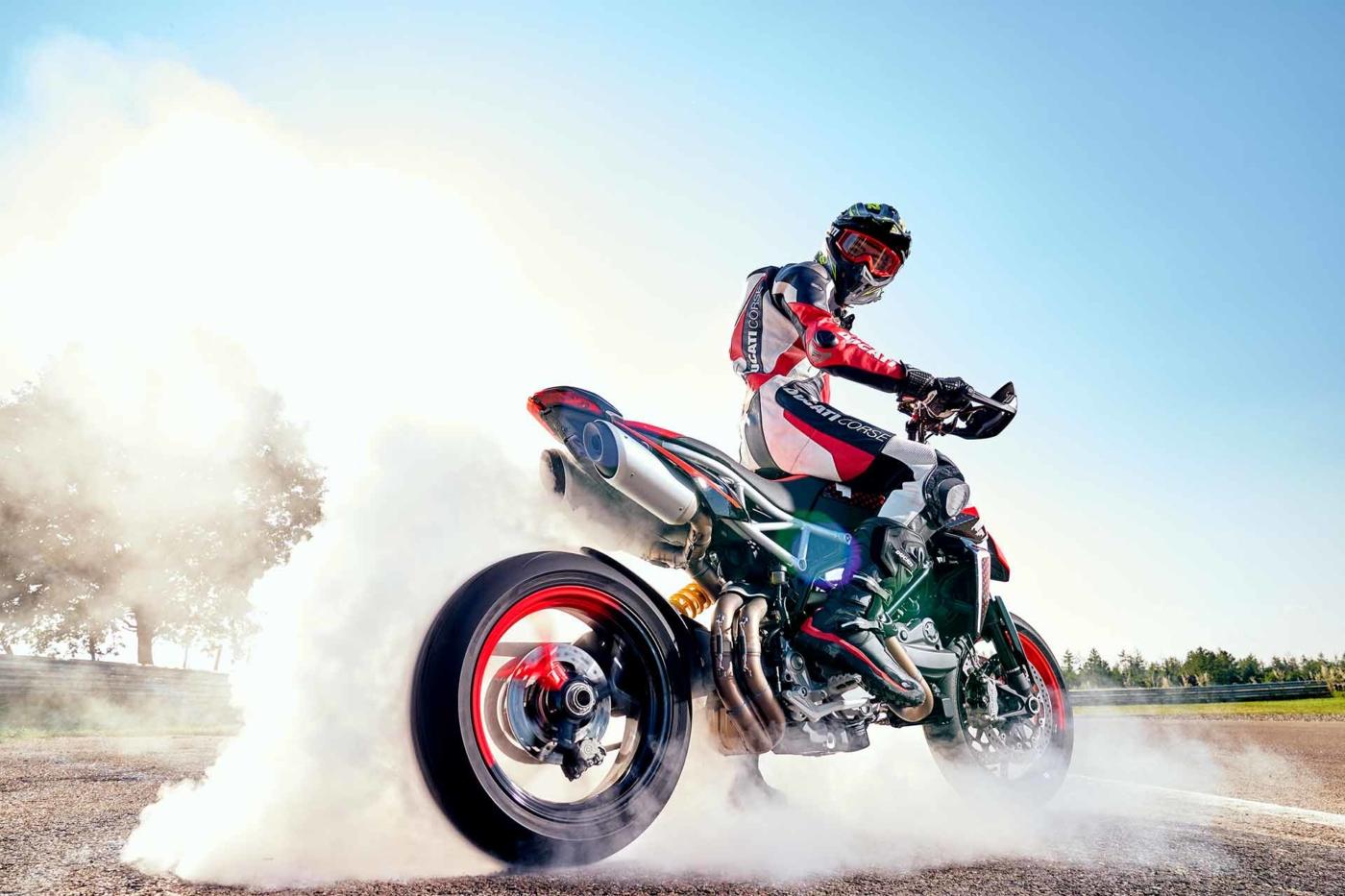 imagen moto hypermotard RVE